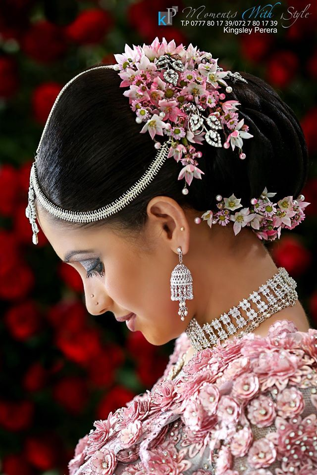 What a beautiful large low bun with real flower gajra
