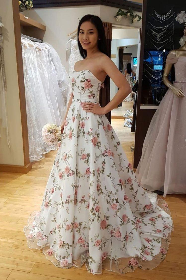 Short Sleeves Light Blue Wedding Dresses Bridal Gown Floral Prom Dresses White Prom Dress White Evening Dress [ 1125 x 749 Pixel ]