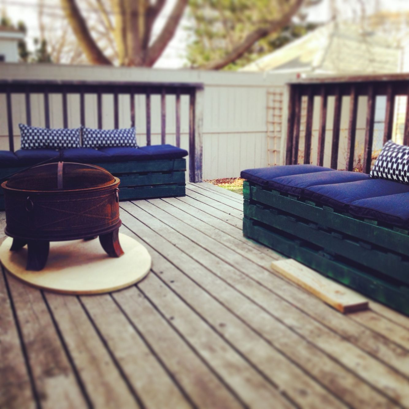 Homemade Palette Furniture. Minneapolis, MN. Ucedgar@yahoo.com.