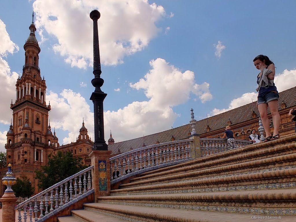 Scalinata di Piazza di Spagna - Siviglia, Spain by Oliviero Masseroli