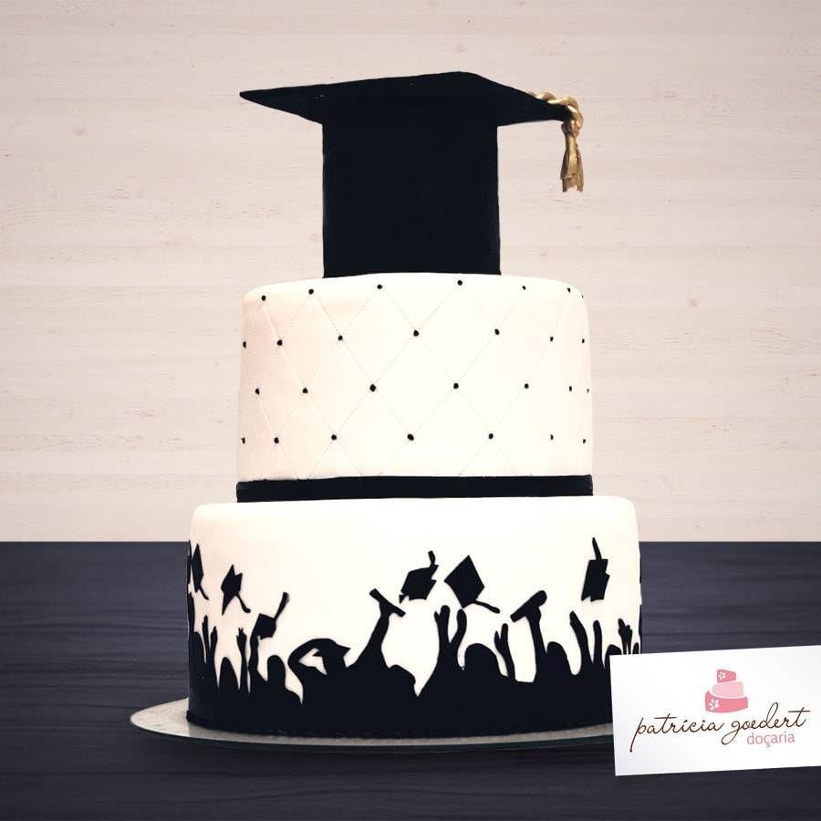 Bolo De Formatura De 80 Ideias Criativas Para Sua Festa Vem Ver Bolod Graduation Party Cake College Graduation Party Invitations Graduation Party Invitations