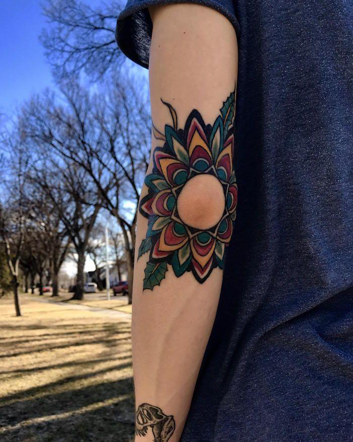 1001+ idées   Tatouage, Idées de tatouages et Tatouages coude