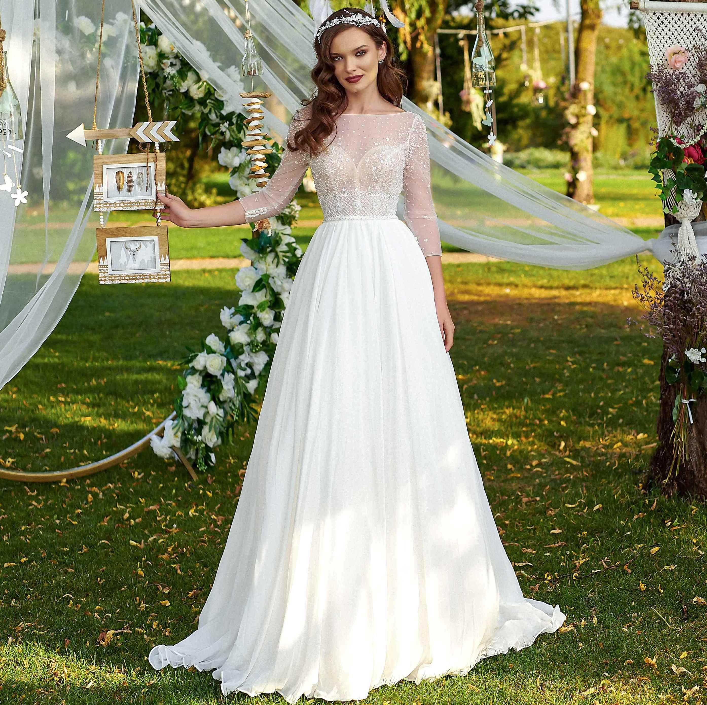 20+ Tiffany valencia wedding dress information
