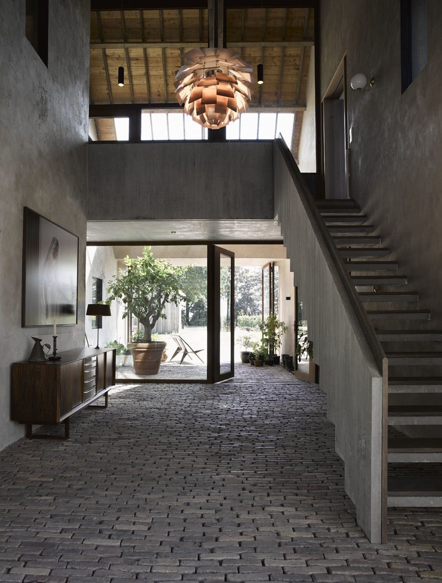 Artichoke Lightning, Hall Way, Stairs, Entrance, House, Wood, Concrete,