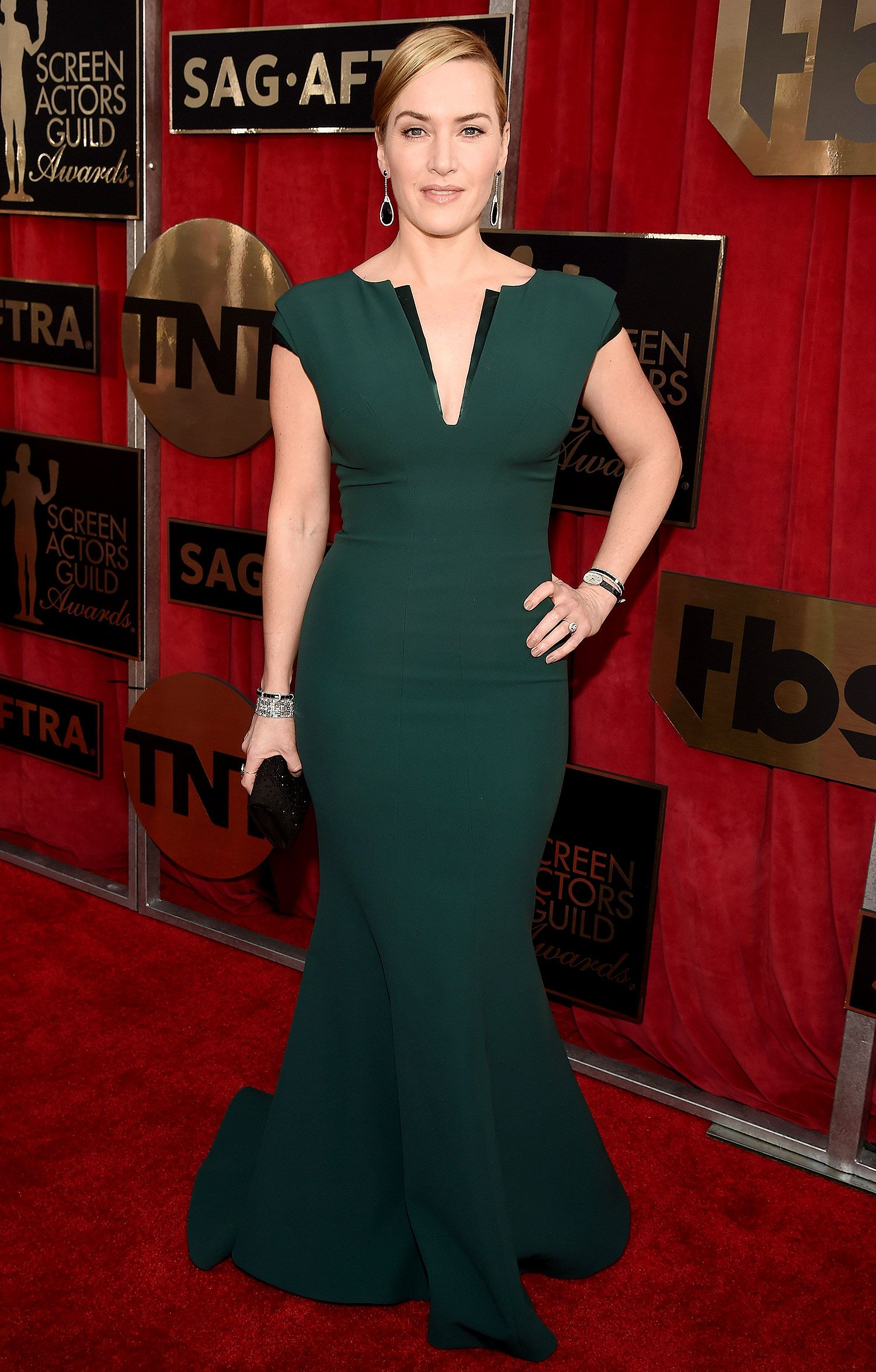 Kate winslet fashion and style pinterest green gown sag