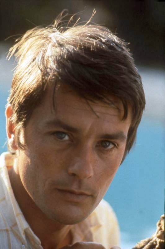 Alain delon la piscine de jacques deray romy schneider for Alain delon la piscine