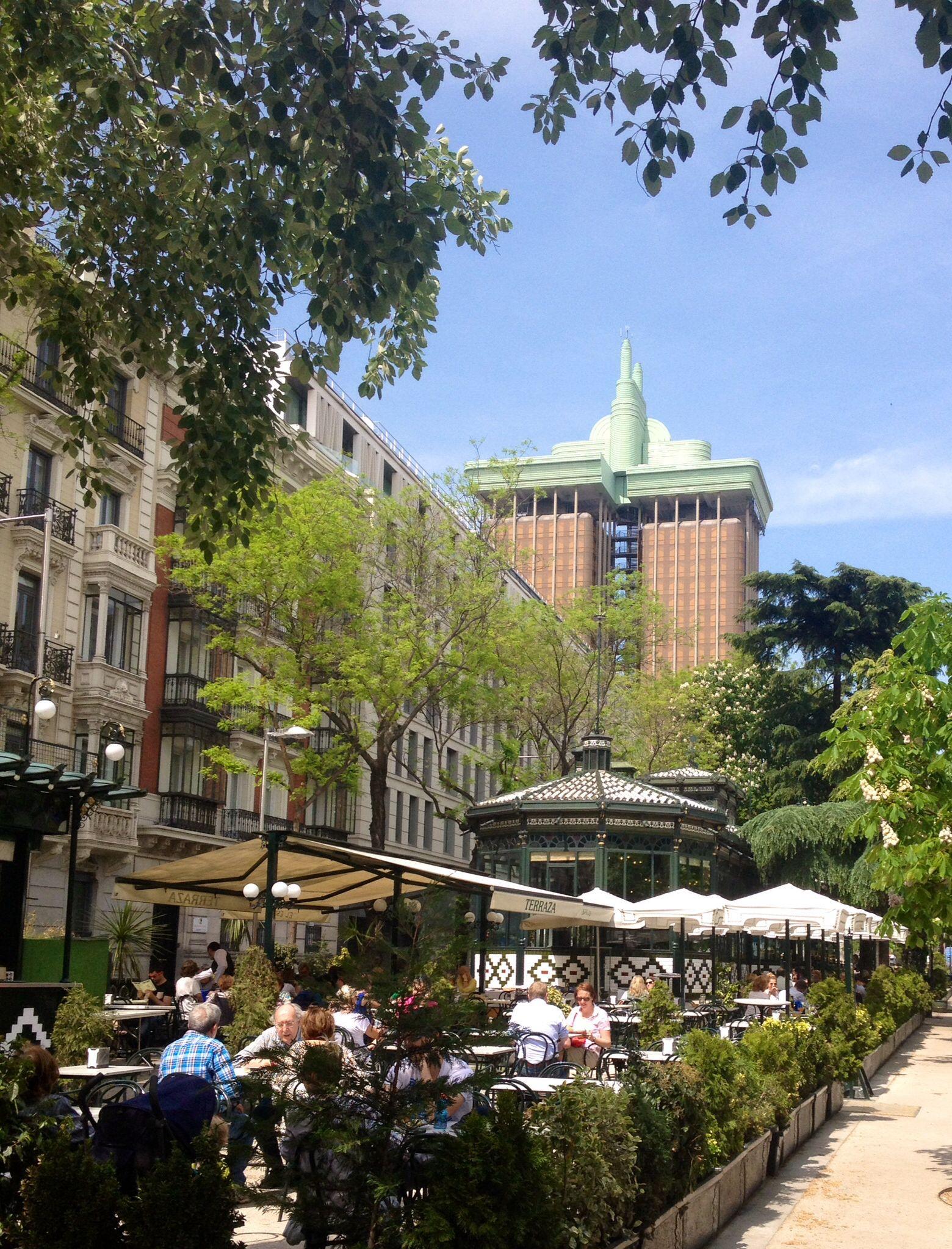 Terraza De El Espejo Recoletos Espana Ciudades Espanolas Paisajes