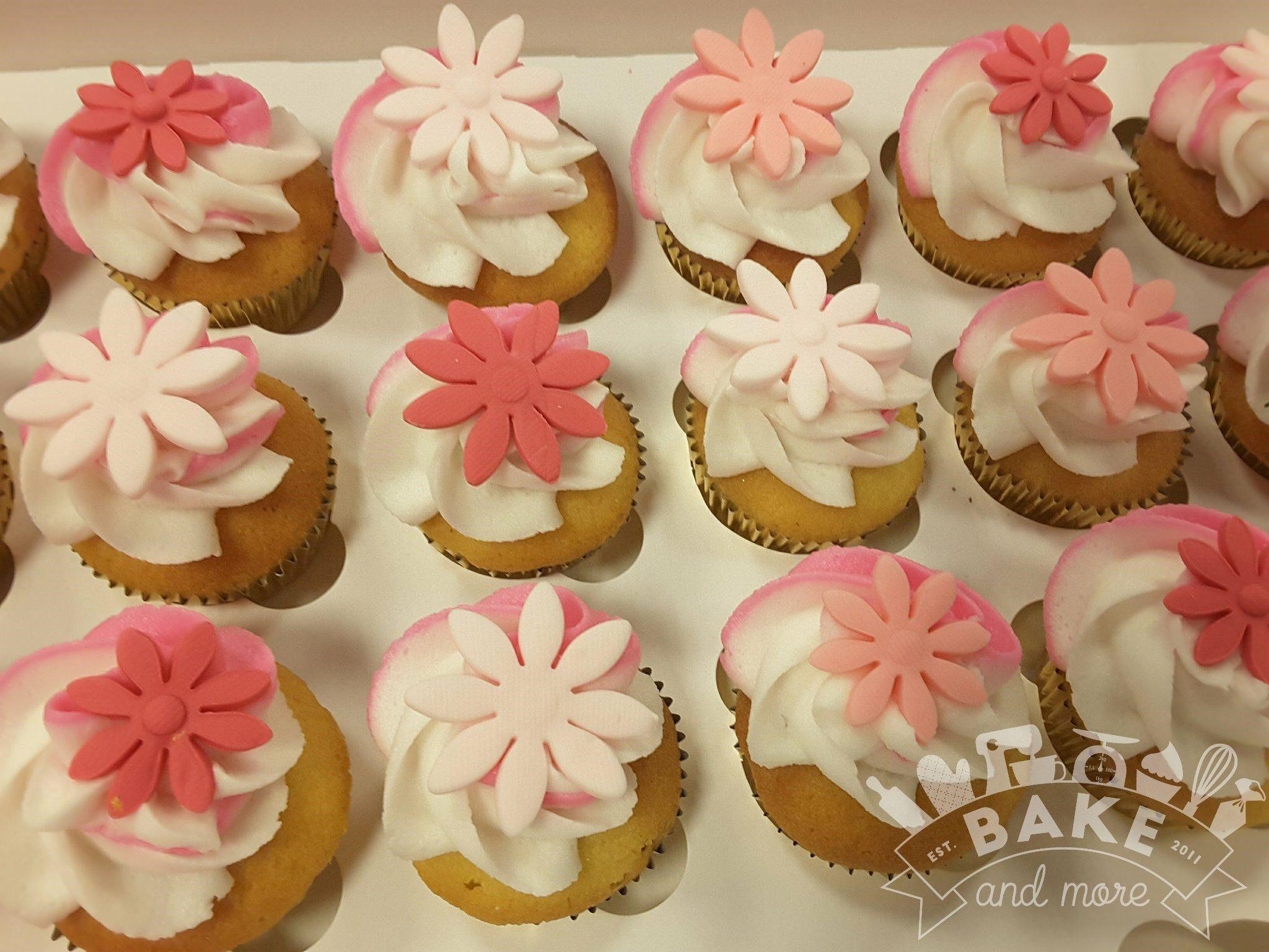 Pink Flower Cupcakes My Cupcakes Pinterest