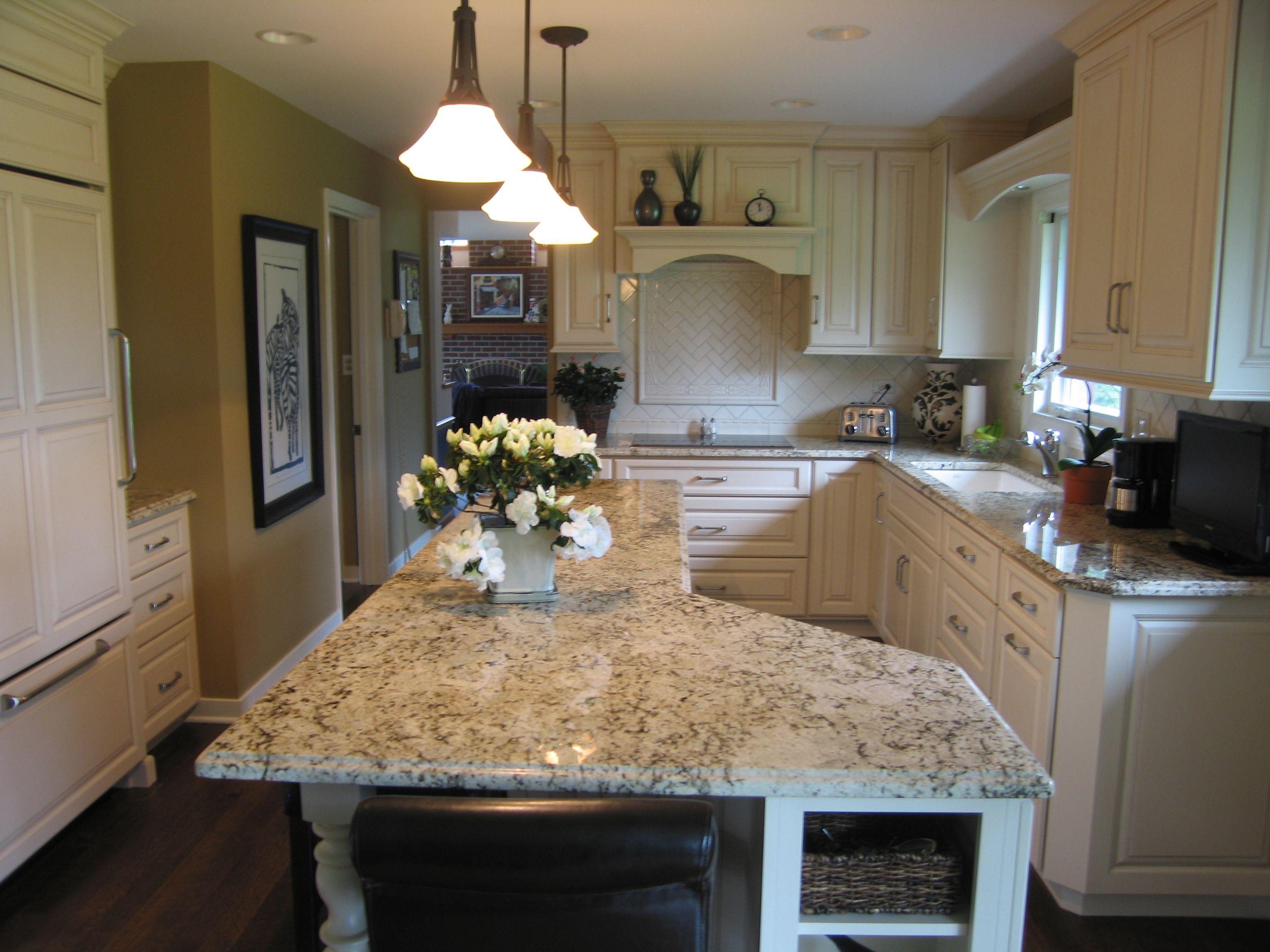 Plato Newport Cabinet In Stoneware With Brown Glaze Persian Tiger Granite Cocinas