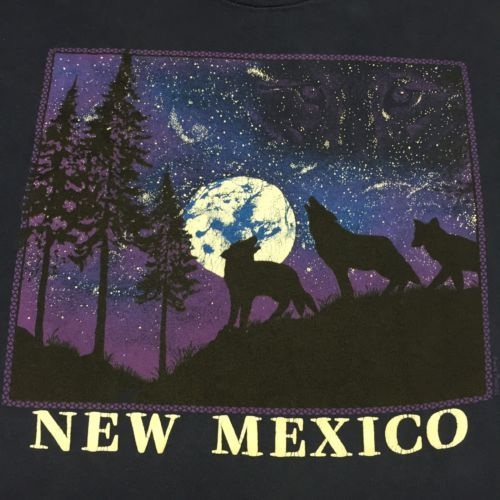 Vintage-New-Mexico-T-Shirt-Wolf-Moon-Star-Howl-Desert-Mountain-Forest-Camping