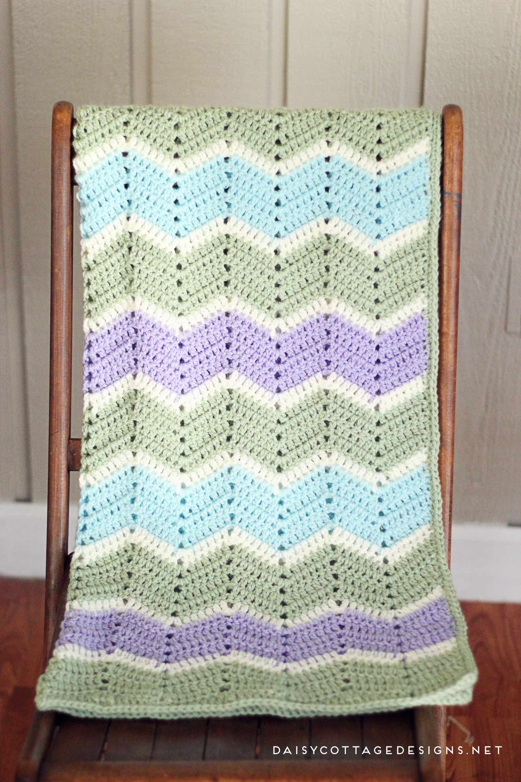 Easy Chevron Blanket Crochet Pattern | Chevron blanket crochet ...