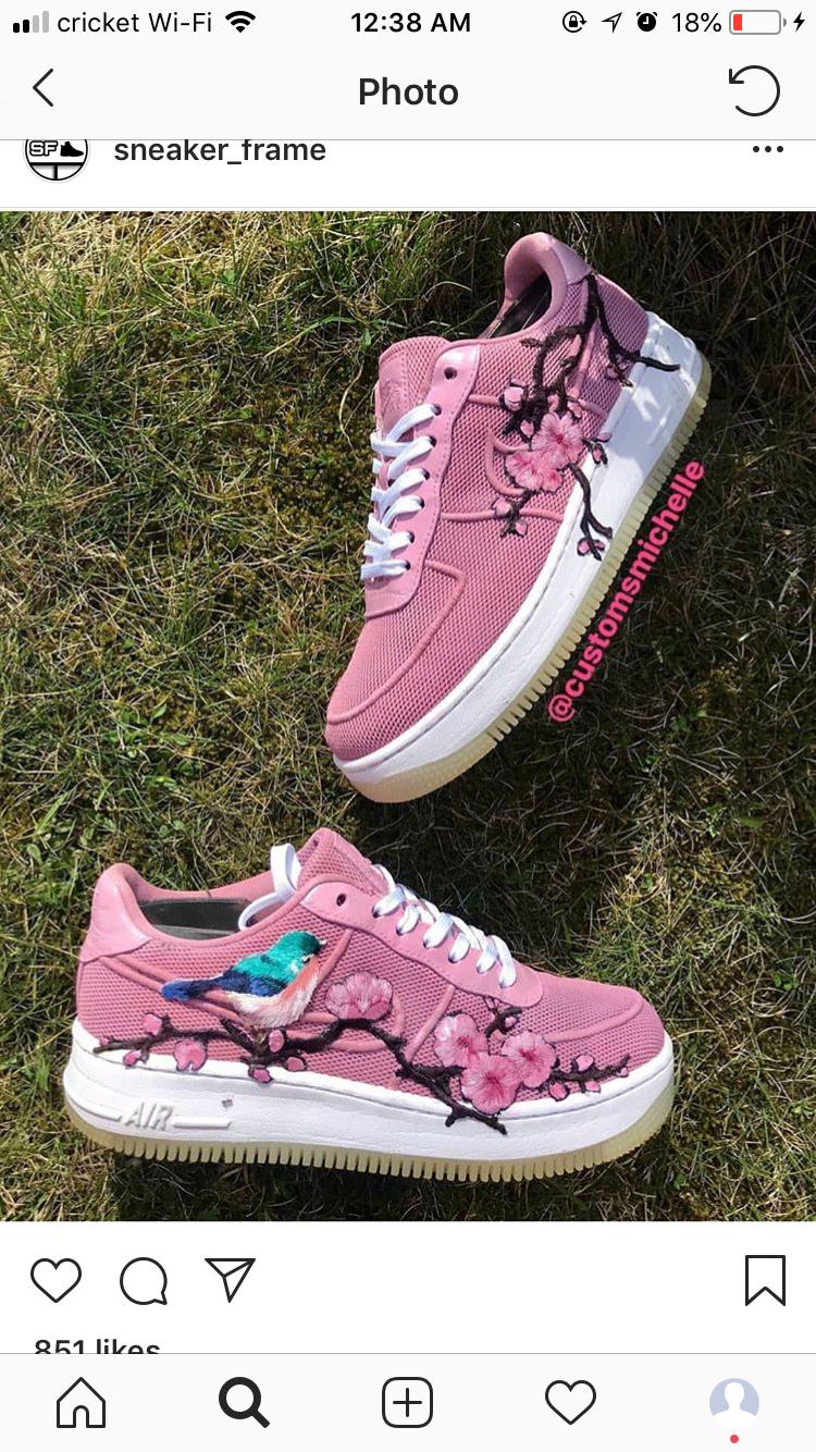 Sneaker Cricket 12