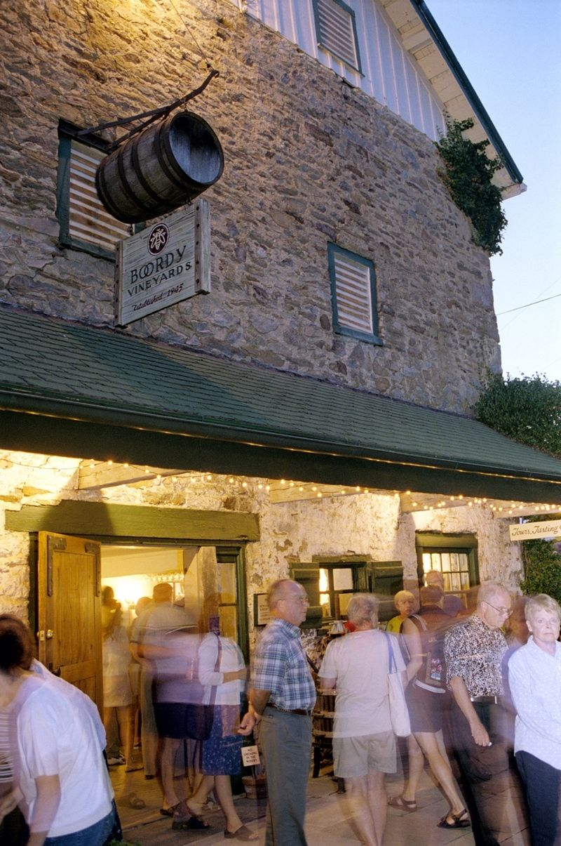 Historic Maryland Winery Offers Award Winning Wines Tours Tastings Concerts And Events Boordy Vineyards Photo Gallery Love The Sign Idea