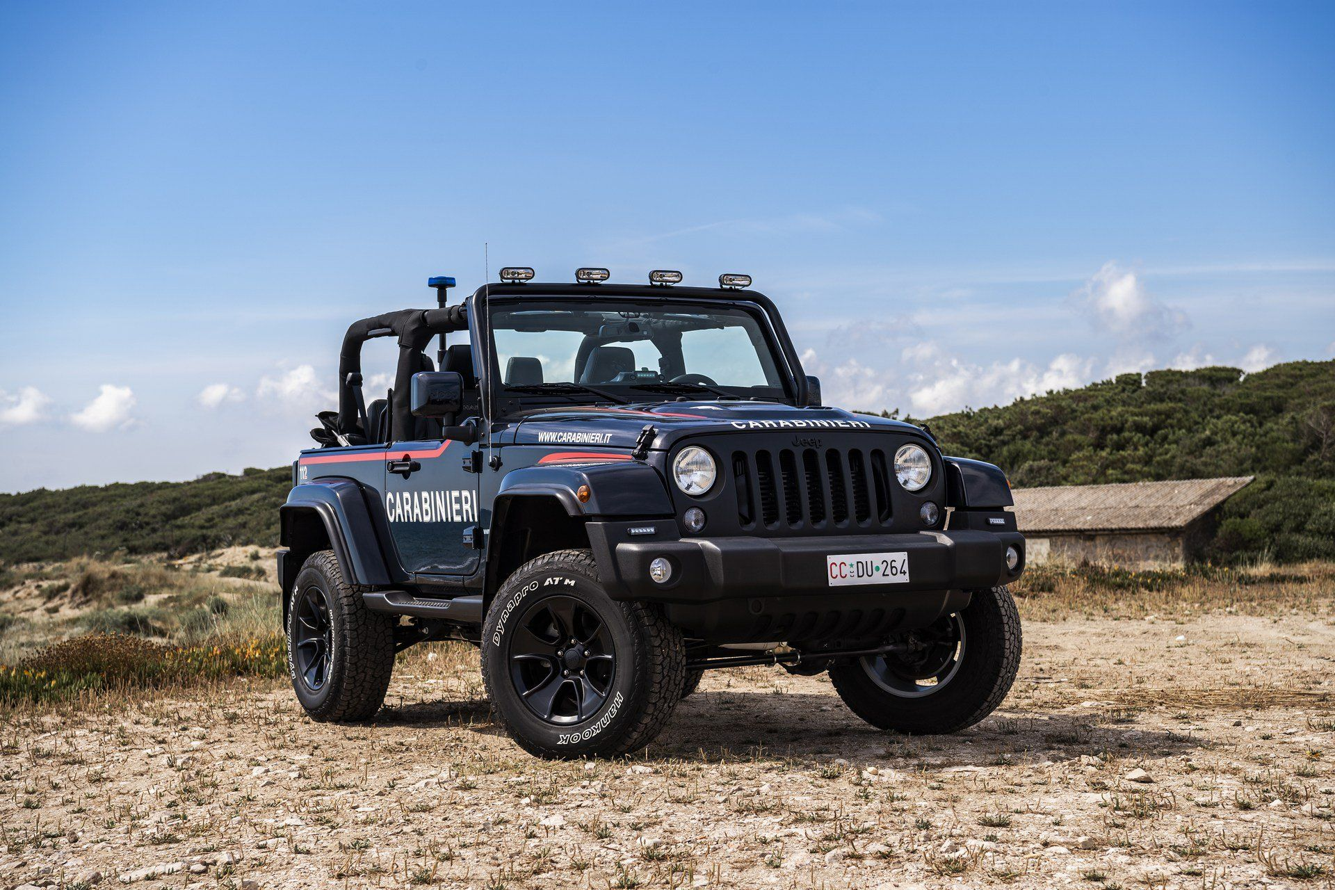 Italy S Carabinieri Has A Cool New Jeep Wrangler Jk For Patrolling