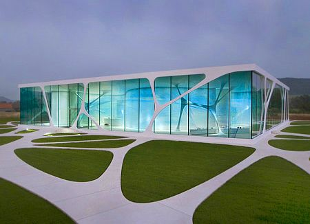 Organic architecture ultra modern 15 organic glass for Ultra modern building design
