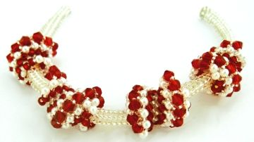 Candy Cane Cellini Twists Bead Bracelet Pattern by Amari's at Bead-Patterns.com