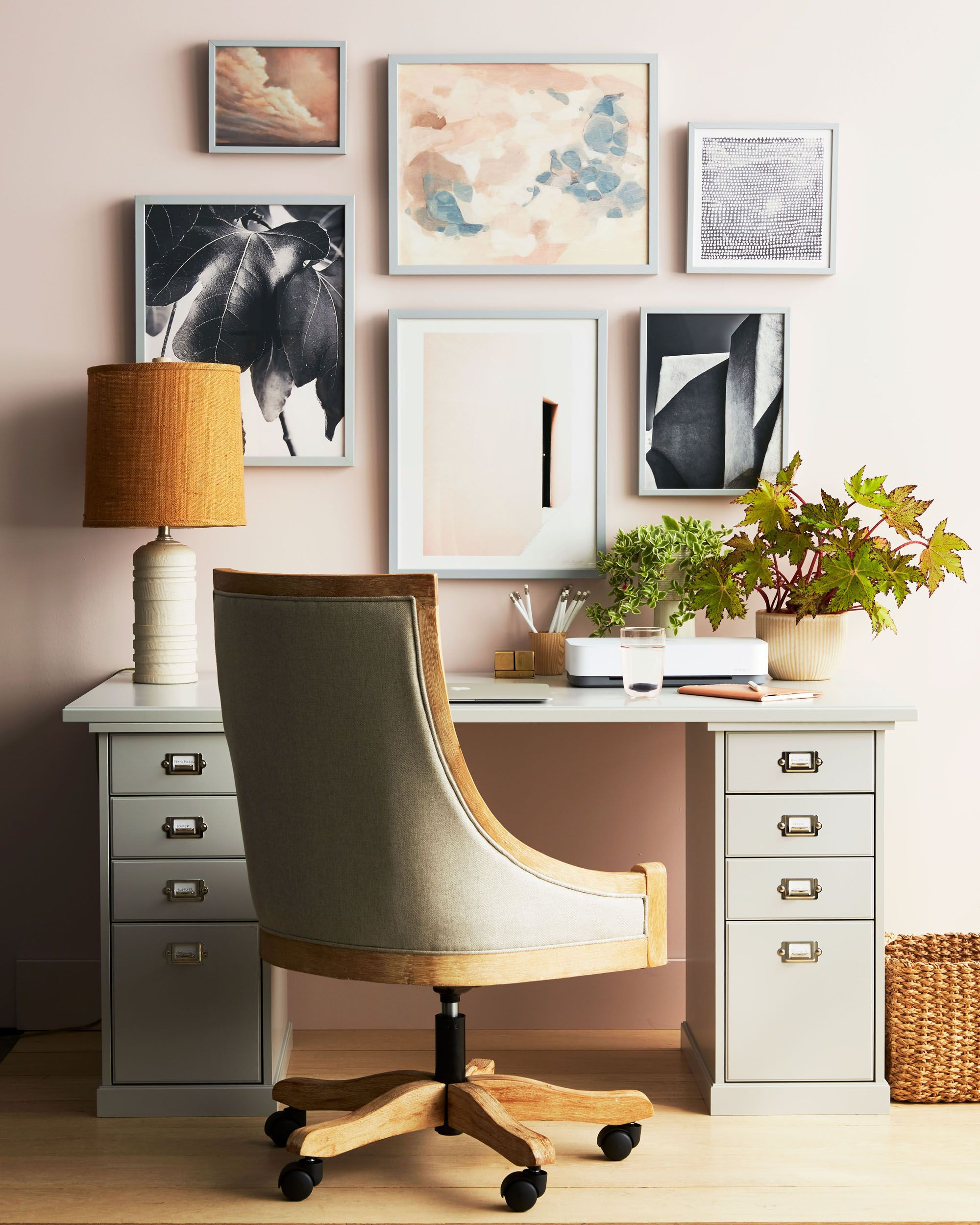 Six Things To Do To Your Desk To Help You Be More Productive Home Home Office Design Home Decor