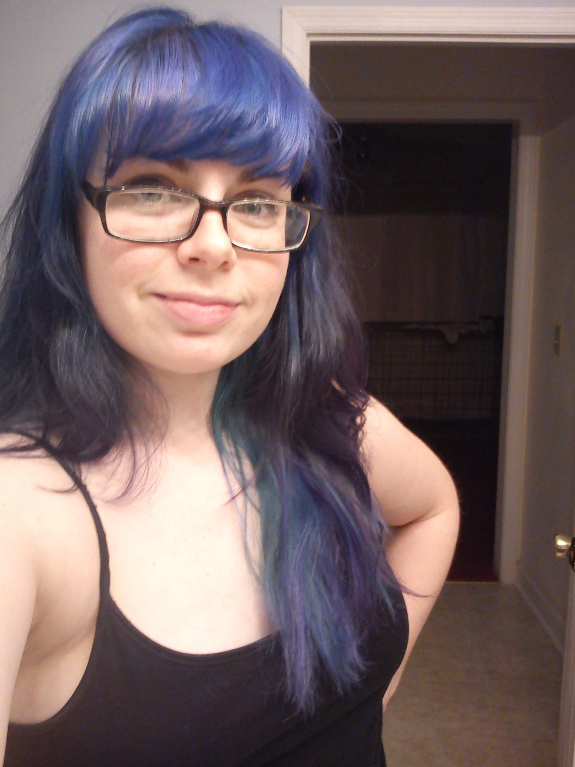 How to bleach hair and dye it blue what works and what doesnut