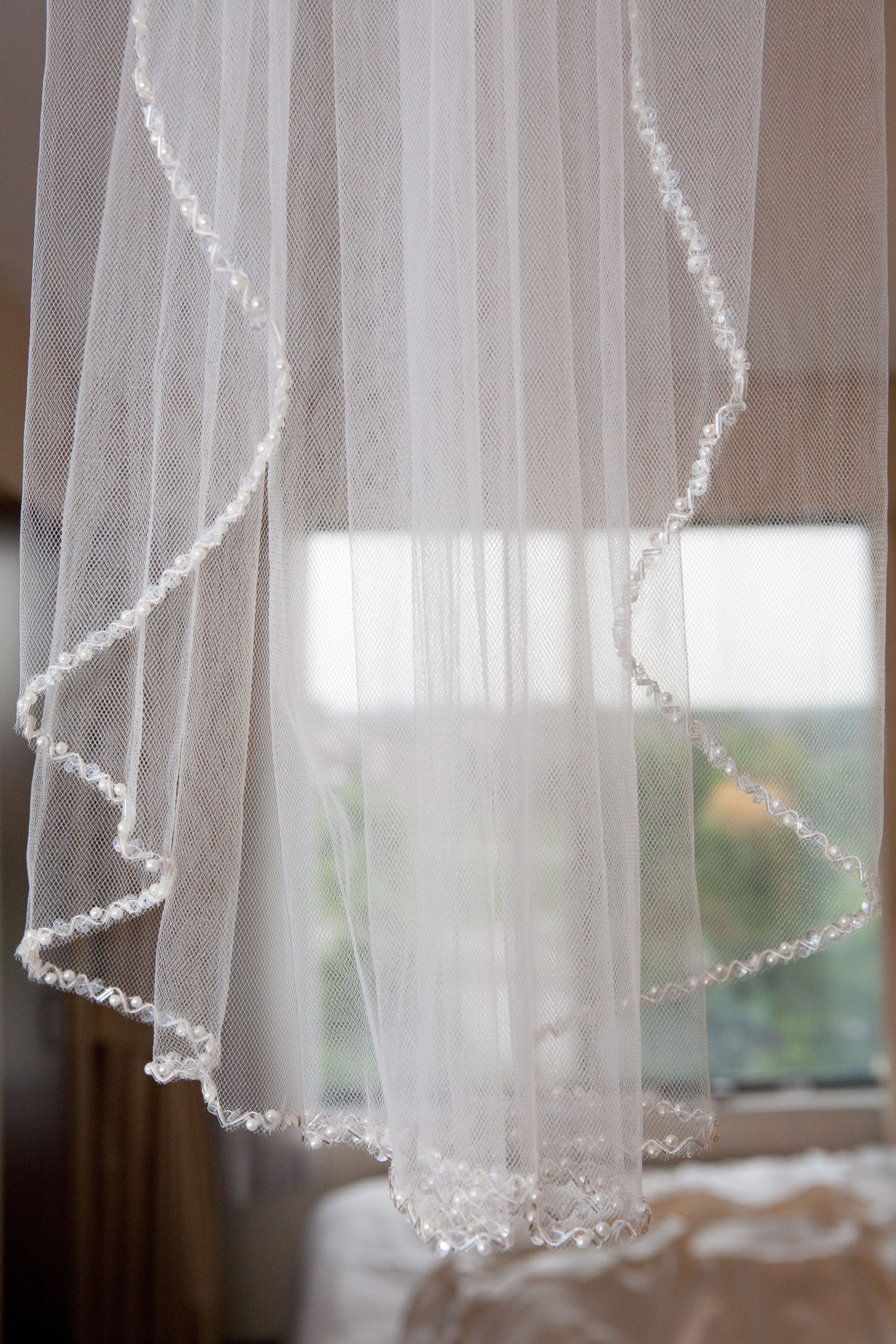 pretty veil :) | Wedding Ideas | Pinterest | Veil, Gold weddings and ...
