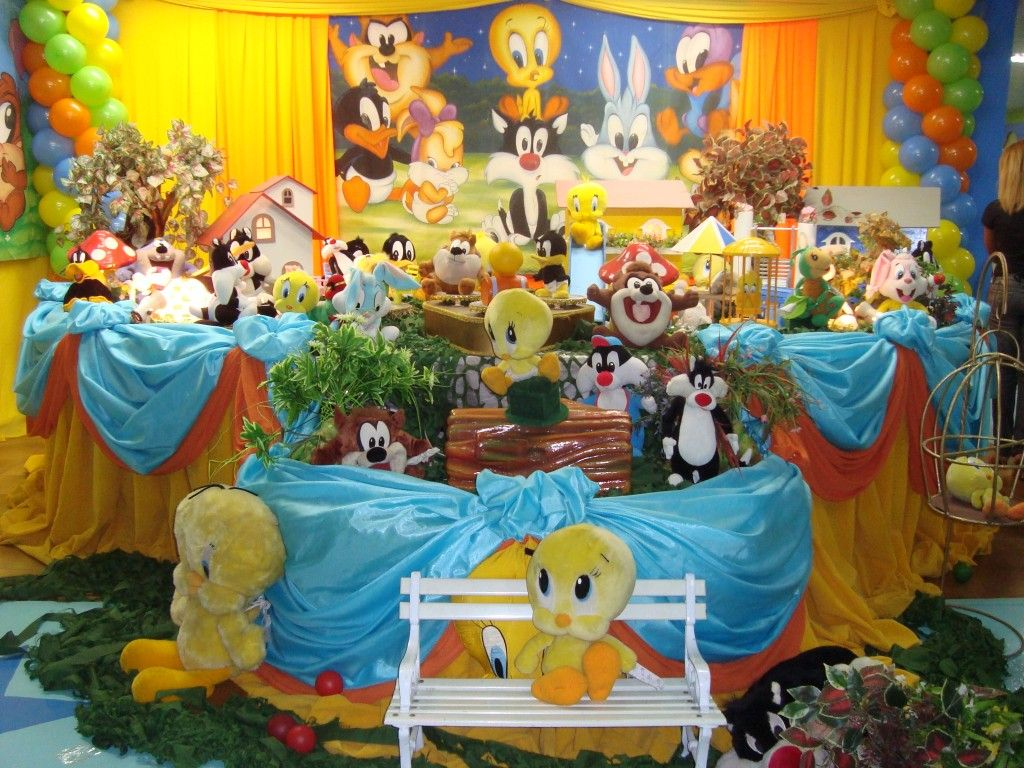 Looney Tunes Party Theme Innovative And Original Children S