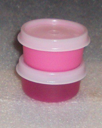 Bowls Smidgets Punch Pink And Fuchsia By Tupperware 9 99 Set Of 2 In Shades Tiny Storage Containers