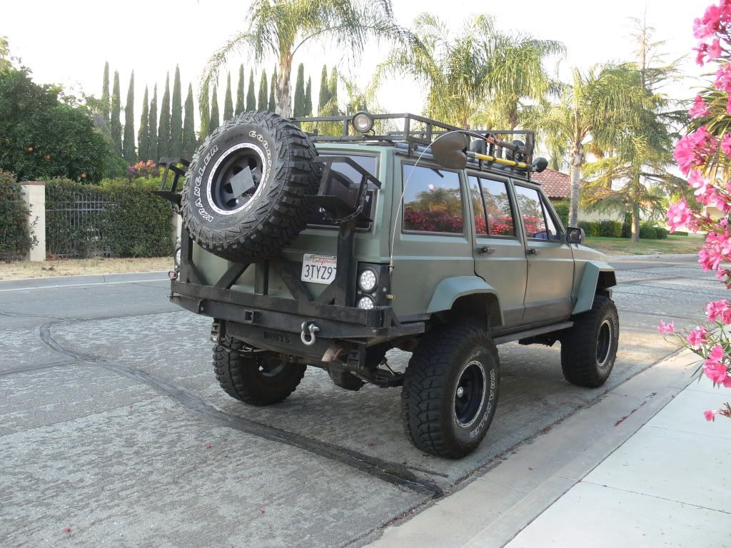 Roof Rack Or Rear Bumper For Spare Tire Jeep Cherokee Forum Jeep Xj Jeep Xj Mods Jeep Cherokee