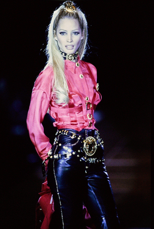 Versace Fall 1992 Ready-to-Wear Fashion Show | Versace, Pasarela y ...