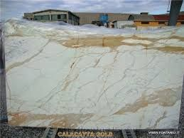 Calcutta Gold Marble Slabs Google Search Calacatta Gold Marble Gold Marble Marble Slab