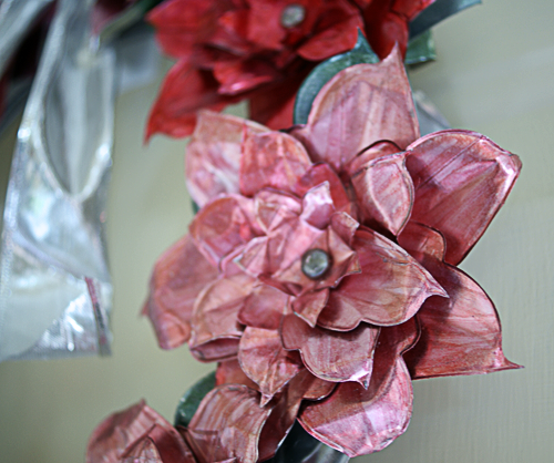 Make An Aluminum Can Poinsettia Wreath Saved By Love Creations Diy Christmas Ornaments Poinsettia Wreath Tutorial Aluminum Can Crafts