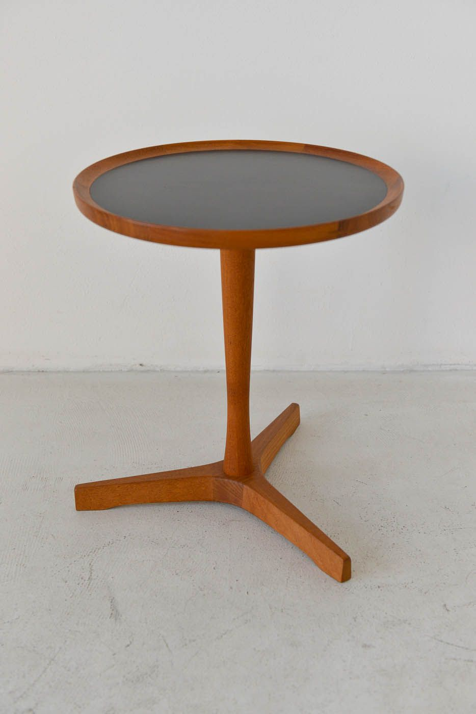Danish modern teak tripod side table designed by hans c andersen danish modern teak tripod side table designed by hans c andersen measures 145 diameter geotapseo Image collections