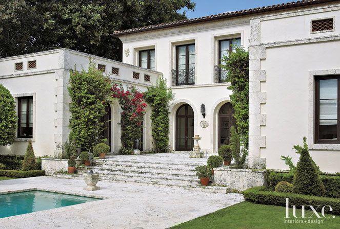 Miami beach mediterranean revival home beautiful homes for Fachadas de casas en miami florida