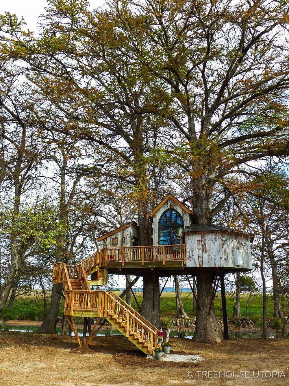 Treehouse Utopia Photo Tour Chapelle Tree house, Tree