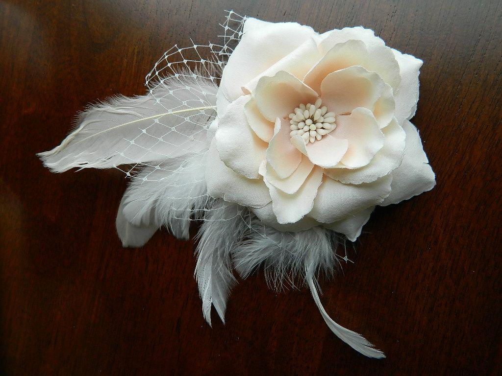Fascinator tutorial at communiDIY.com | Wedding ...