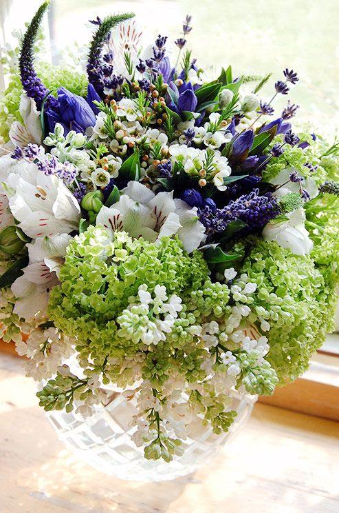 Like this compact but not roundy moundy centerpiece michael george sigh blue and white michael george flowers mightylinksfo