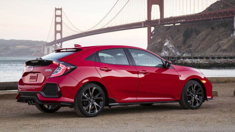 2017 Honda Civic rolls into dealerships Monday starting at