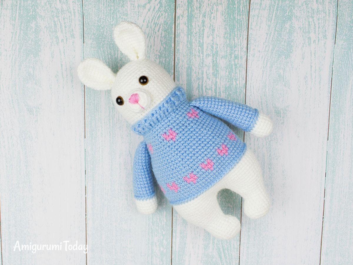 Free Bunny Doll crochet pattern - Amigurumi Today   900x1200