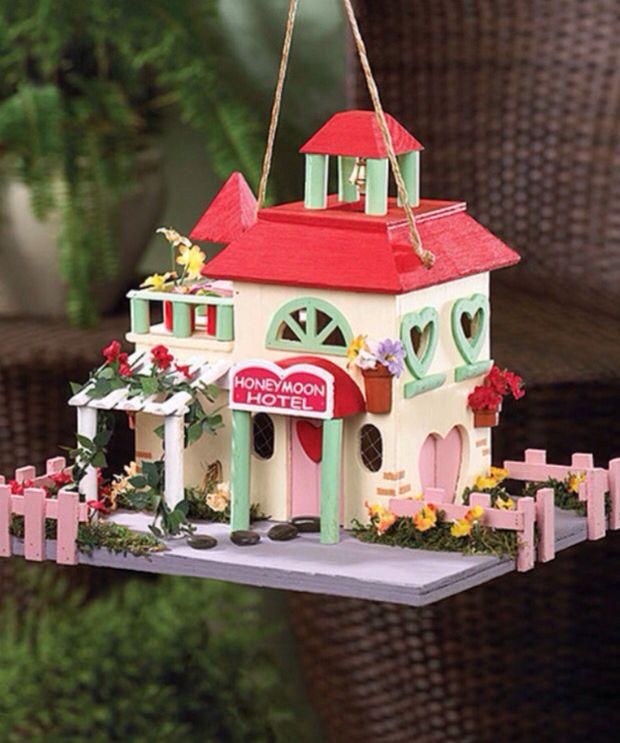Hotel honeymoon bird house