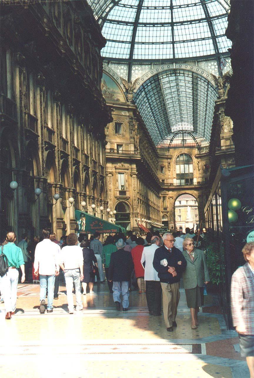 Milano Galleria  Vittorio  Emanuele interior