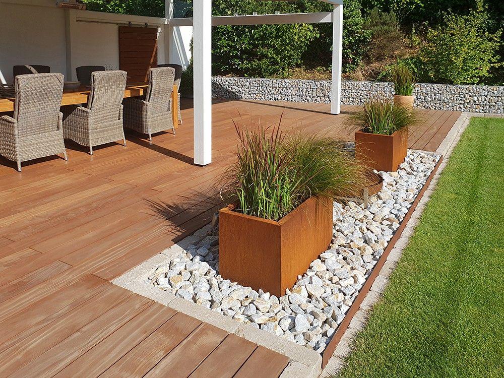 Terrassendielen Bpc Terrassendielen Der Parkett Riese Koln Terrassendielen Gartendekoration Landschaftsgestaltung