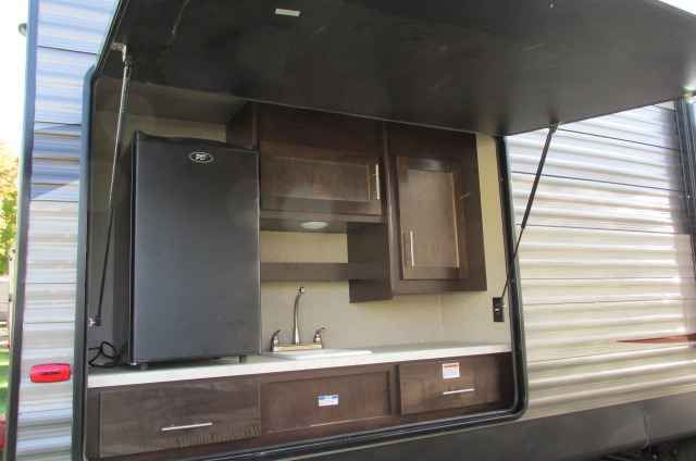 2016 New Forest River 284bf Cherokee Travel Trailer In Ohio Oh Recreational Vehicle Rv This