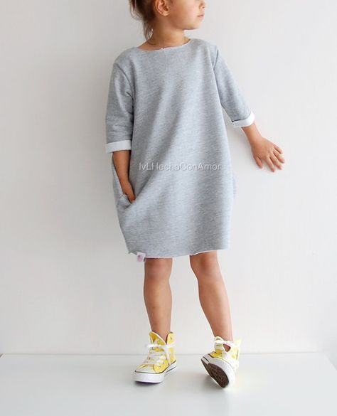 Oversized Sweater pattern, dress sewing pattern, long sweatshirt dress, girls sweatshirt dress, girls long dress, oversized sweatshirt dress