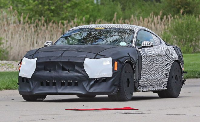 spy photos tease return of shelby gt500 mustang  ford