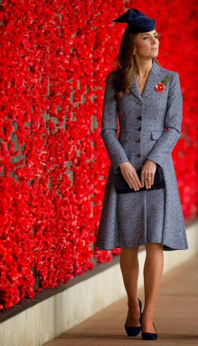 Catherine, Duchess of Cambridge walks along the World War I Wall of Remembrance during their visit to the Australian War Memorial on ANZAC Day on 25.04.14 in Canberra, Australia.