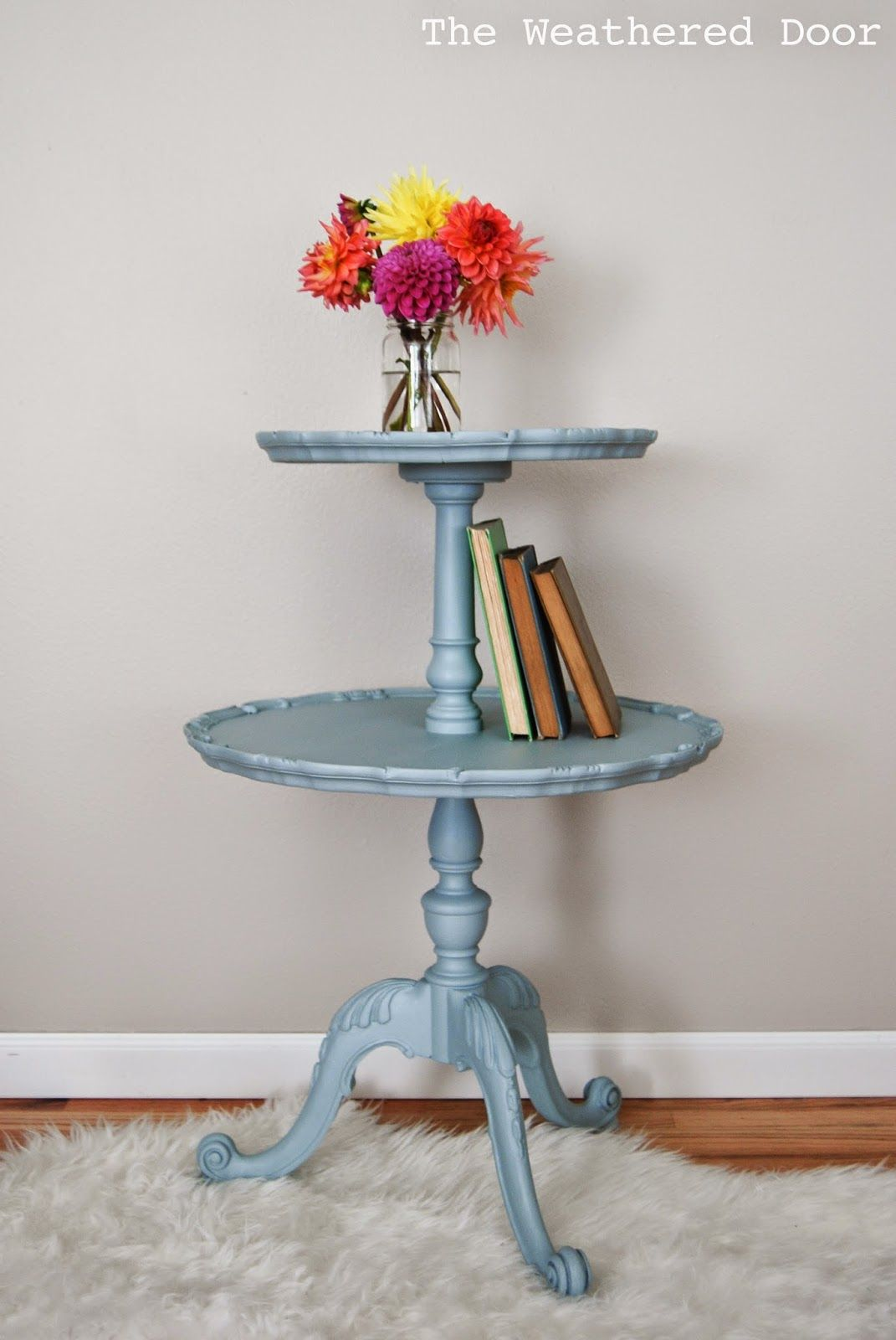 Antique Two Tier Table In Elegance Painting Furniture Diy Painted Accent Table Antique Table