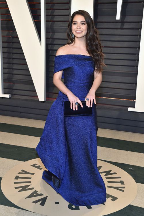 Auli'i Cravalho wearing Rubin Singer at the Vanity Fair Oscar Party in Beverly Hills on February 26, 2017