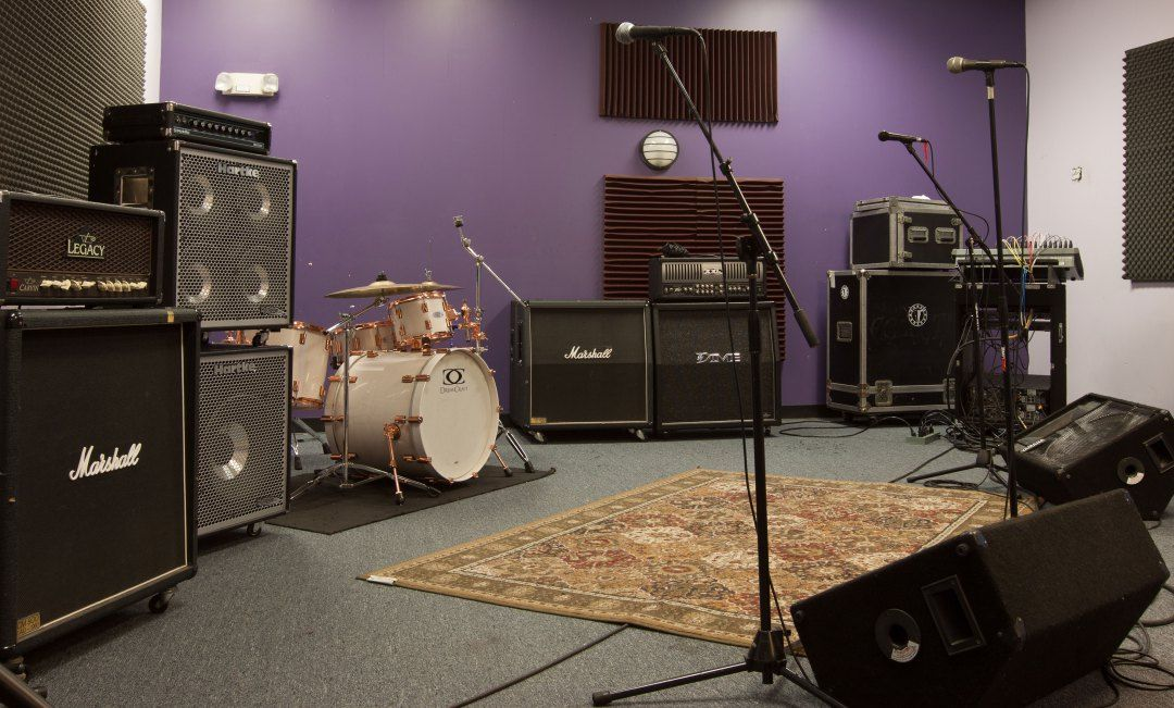 Band Practice Space For Rent New Haven Home Music Rooms Music Room Rehearsal Room