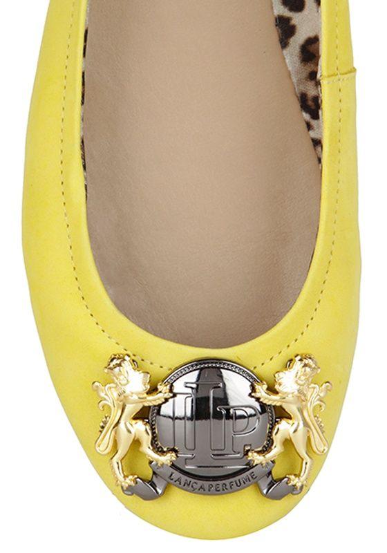 5f29b2c82 Sapatilha Metal Personalizado   Lança Perfume Metais, Brindes, Sapatos  Femininos, Sapatilhas, Etiquetas