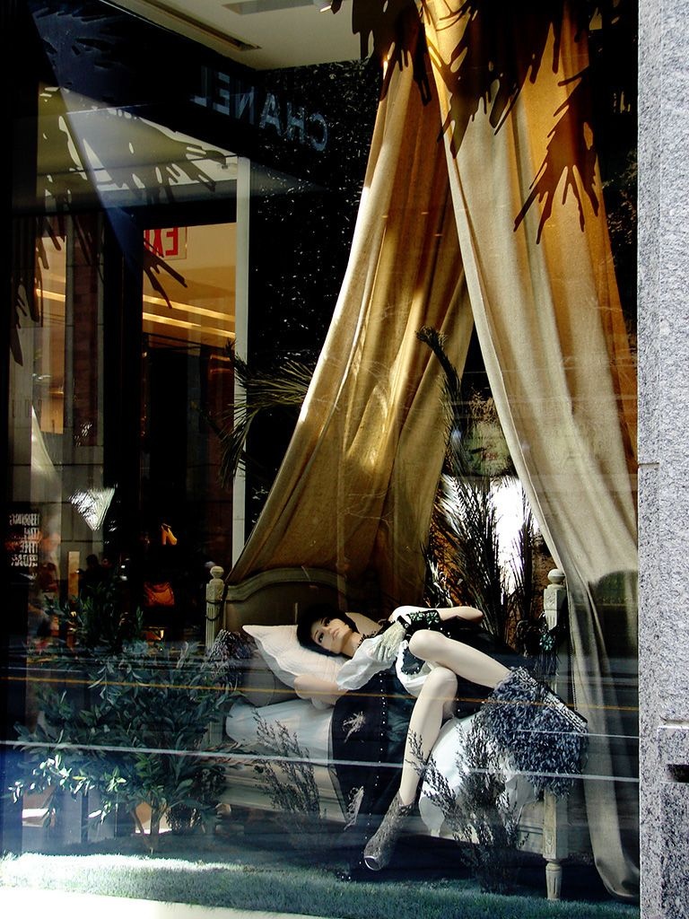 """CHANEL,New York City, """"Day-Dreaming Made Comfortable"""", pinned by Ton van der Veer"""