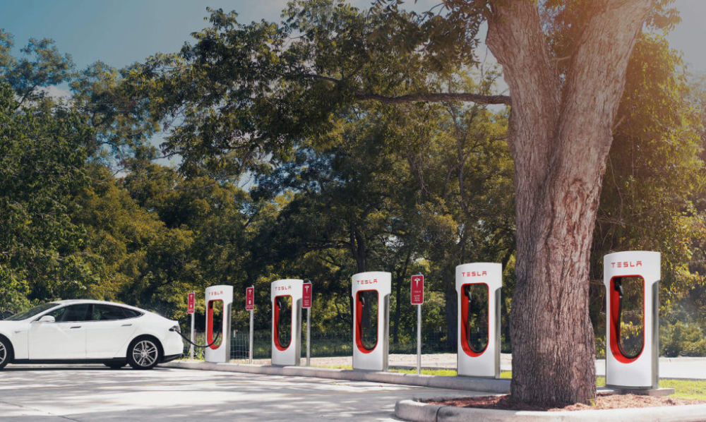 Tesla S Next Generation Charging Station Can Fully Charge An Electric Car Battery In Seconds News Audi Tech Tesla Electric Car Tesla Motors Tesla