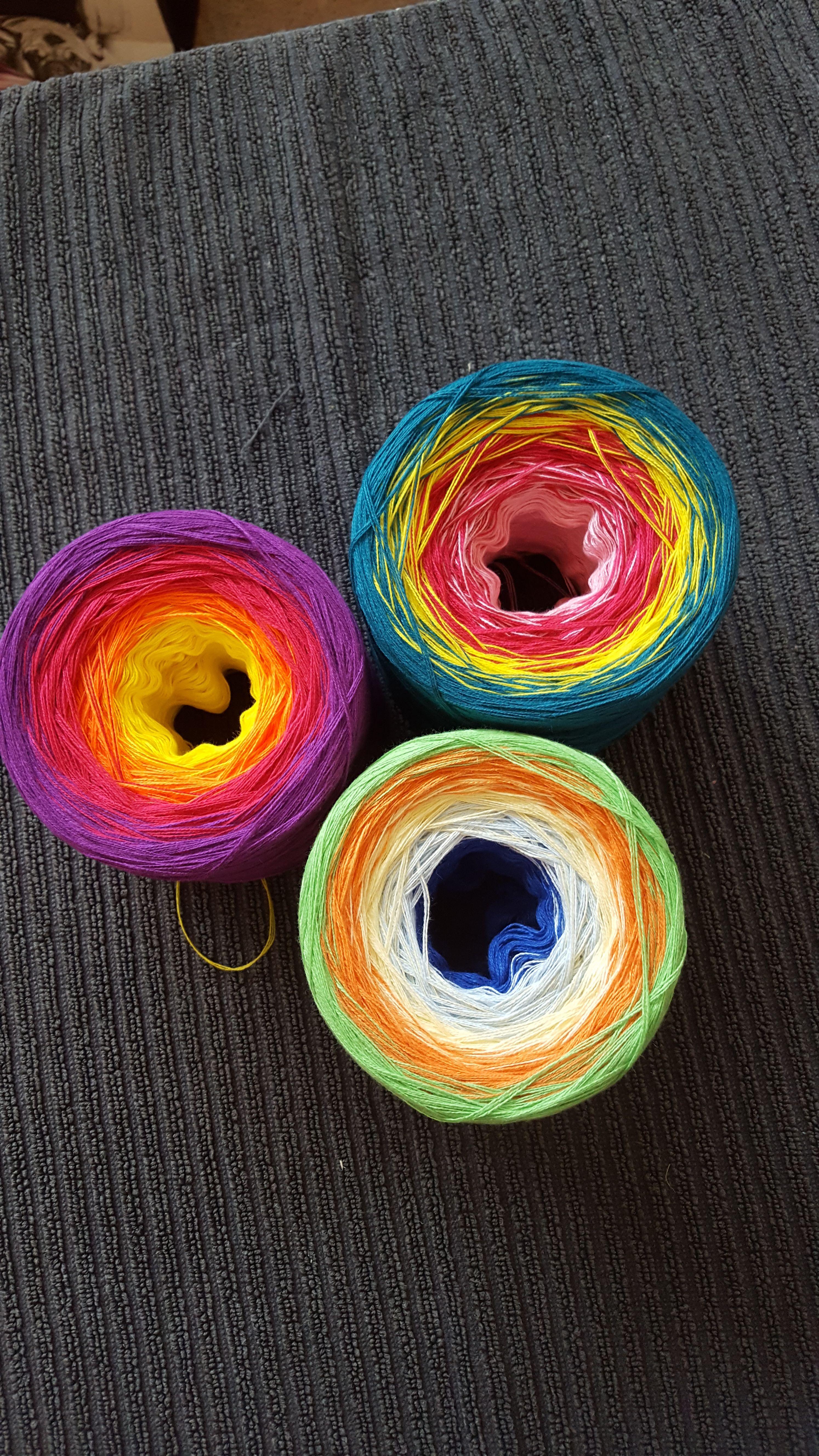 www.lobebobbel.de , Wolle, gefachtes Garn, Farbverlaufgarne, gefachtes Farbverlaufgarn, häkeln, stricken